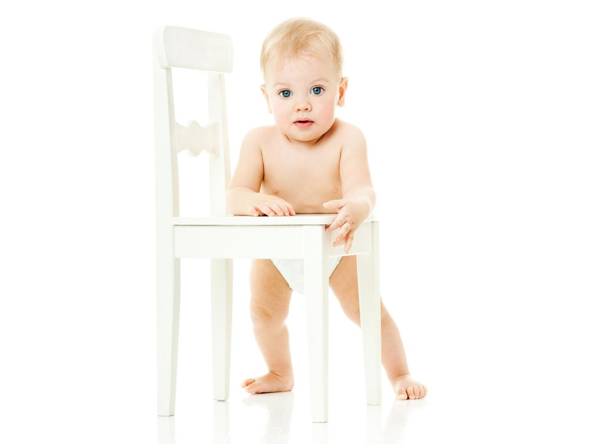 Bambino Otto Mesi.Lo Sviluppo Del Bambino 8 10 Mesi Mammapoppins